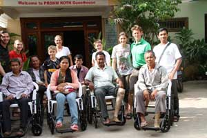 wheelchair-recipients-group-shot